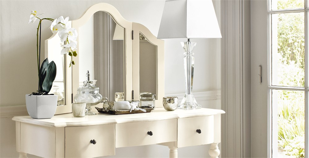 Amelie Dressing Table Feather Amp Black